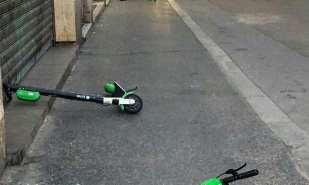 Terézvárosban engedélyhez kötik az elektromos rollerek parkoltatását